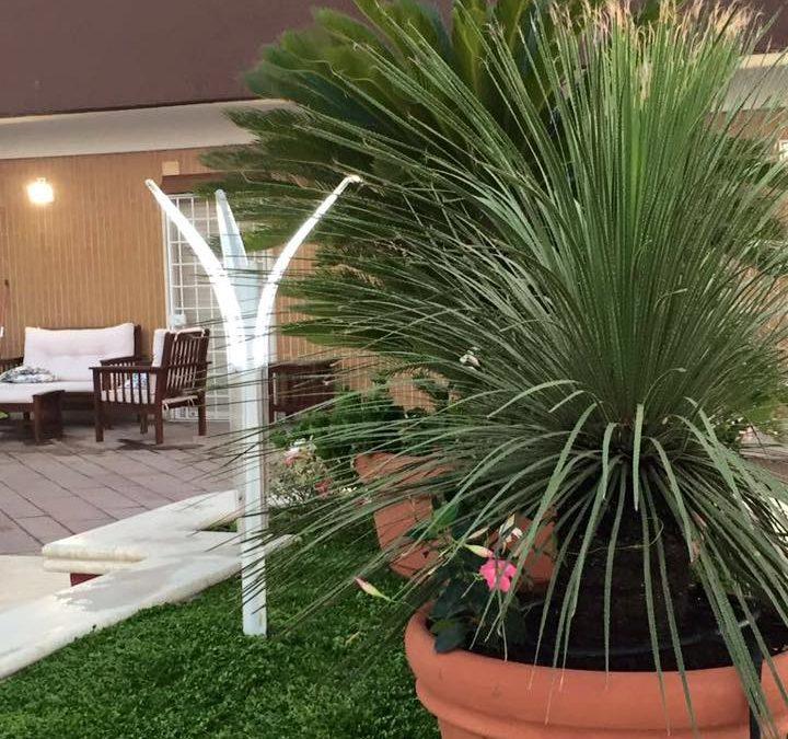 I led nei lampioni e lampioncini da giardino moderni for Lampioni da giardino obi